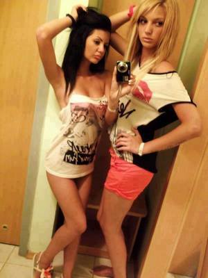 Nona from  is looking for adult webcam chat