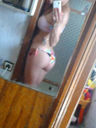 Jerrica is looking for adult webcam chat