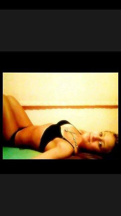 Tashina from Fort Cobb, Oklahoma is looking for adult webcam chat