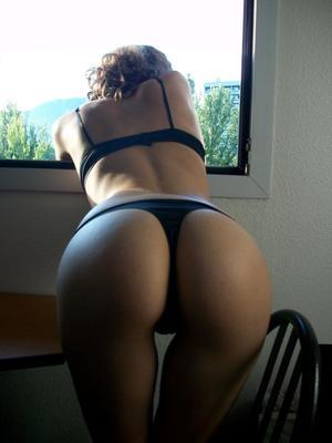 Esmeralda from Carson, North Dakota is looking for adult webcam chat
