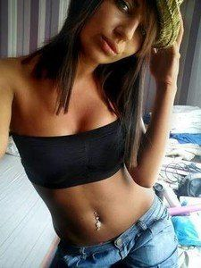 Deanna from Illinois is looking for adult webcam chat